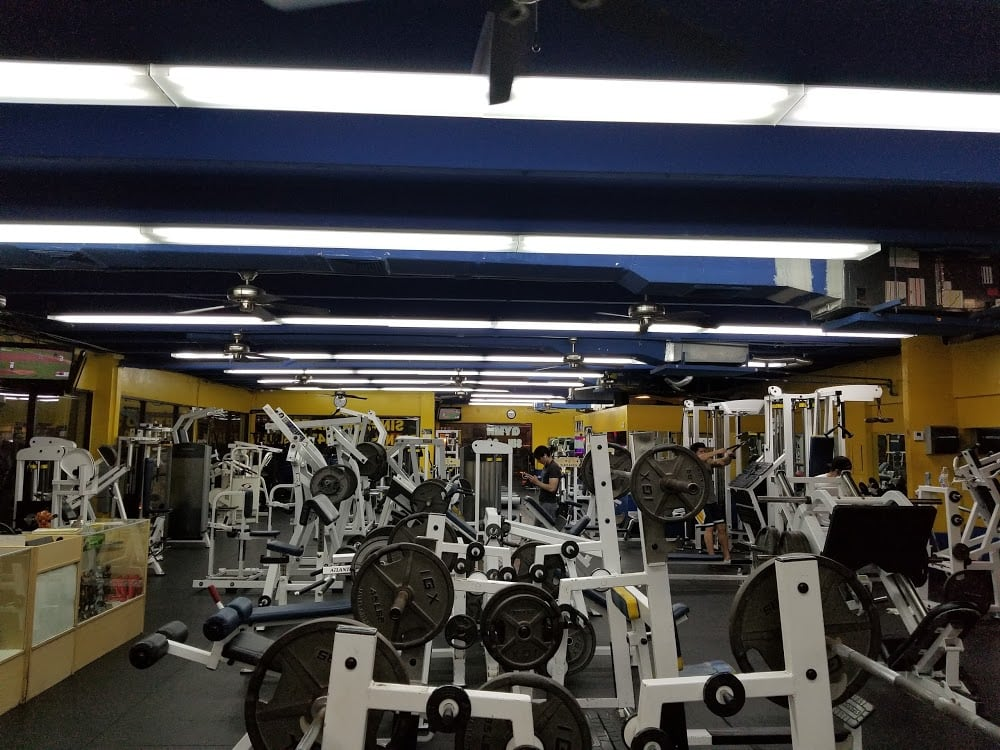 2XS Fitness Center