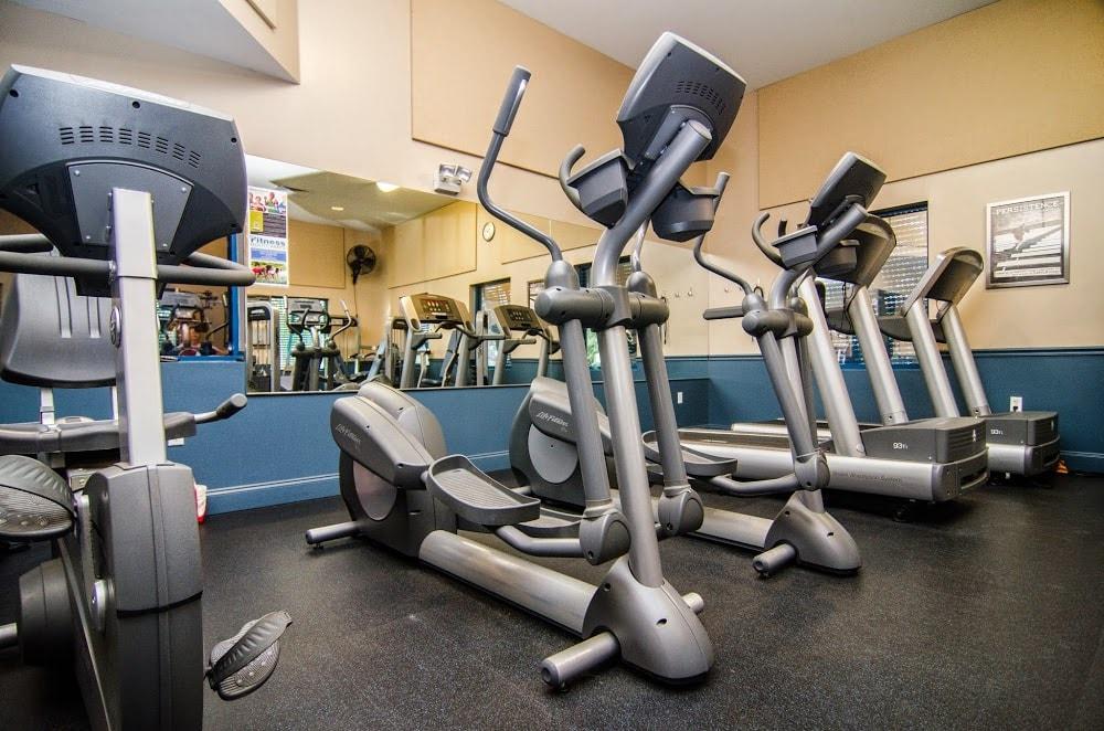 Island Center Fitness Center @ Hagen Park