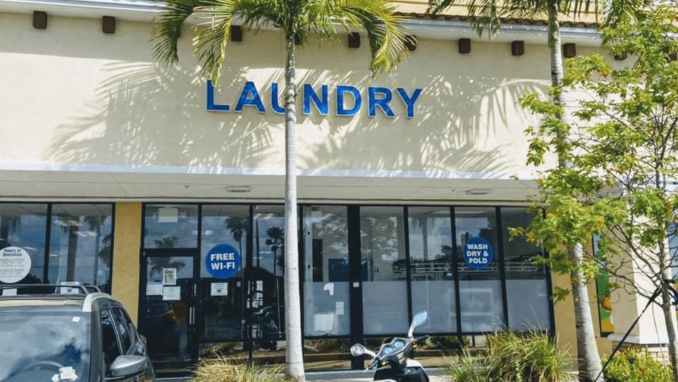 D.M.C Coin Laundry