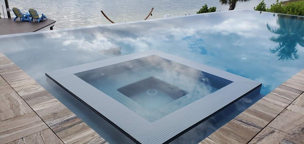 Diamond Pools and Spas Inc