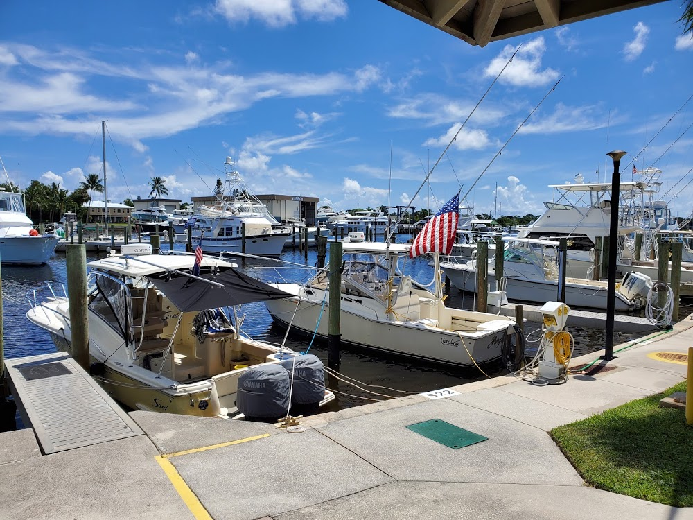 Freedom Boat Club – Stuart – Pirate's Cove Marina