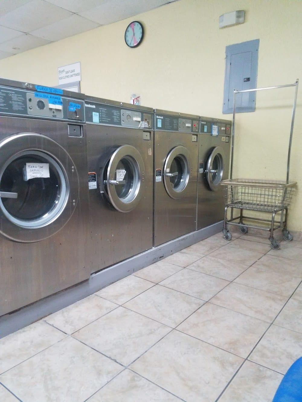 Wash Spin Laundromat